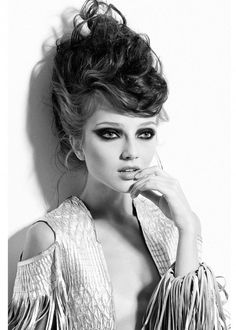 I just love black and white fashion photography. so intense