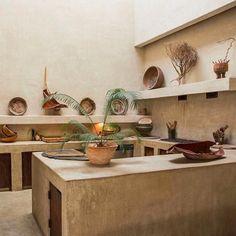Philip Dixon's House in Venice, California by Philip Dixon. Photographed by Christopher Dibble. Rustic Kitchen, Kitchen Decor, Earthy Kitchen, Hacienda Kitchen, Küchen Design, House Design, Design Ideas, Dixon Homes, Concrete Kitchen