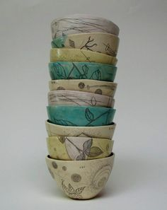 Ceramic artists Diana Fayt Diana Fayt was born in Los Angeles, California in 1964 and has lived in Northern California for most of her life. In she spent a year living with family in Budapest,. Pottery Bowls, Ceramic Bowls, Ceramic Pottery, Stoneware, Pottery Ideas, Cerámica Ideas, Clay Bowl, Bachelor Of Fine Arts, Sgraffito