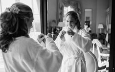 Bride getting ready at North Cadbury Court Somerset / Documentary wedding photography by Ketch 22