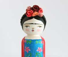 Frida Kahlo doll  Peg doll  Handpainted wooden by PetiteHumanite