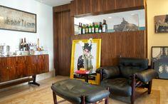 O Living Visita é bem especial e foi um tanto inesperado: em um dia fotografei o apartamento – incluindo o closet nos mínimos detalhes – e a loja da estilista Carol Bassi. Eu acompanho a Carol pelas redes sociais já faz um bom tempo, graças à minha amiga Natália Giacometti que fez um clique da …