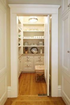 Walk-in pantry Kitchen Pantry Design, Kitchen Storage, Kitchen Pantries, Pantry Storage, Kitchen Designs, Pantry Shelving, Kitchen Dishes, Kitchen Ideas, Kitchen Photos