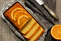 It is easier to prepare delicious and soft orange sponge cake at home, that too in just half an hour. easy to cook Sponge Cake Orange, Sponge Cake Easy, Orange Recipes, Sweet Recipes, Cake Recipes, Dessert Recipes, Delicious Recipes, Almond Pound Cakes, Candied Sweet Potatoes
