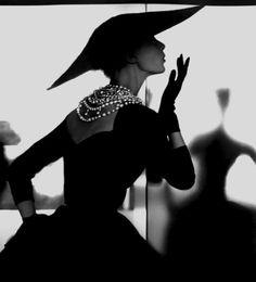 Barbara Mullen 'Blowing Kiss' Photo Liliam Bassman1950
