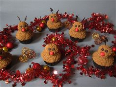 Rudolph the red-nosed-reindeer Cupcakes / Rentier Cupcakes