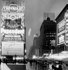 Times Square - 1930 Camels, Times Square, New York, Nyc, History, Stone, Travel, Facebook, Instagram