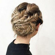 53 Box Braids Hairstyles That Rock - Hairstyles Trends Curly Hair Updo, Braided Bun Hairstyles, Hair Dos, Pretty Hairstyles, Wedding Hairstyles, Hairstyle Braid, Short Hair Styles Easy, Medium Hair Styles, Curly Hair Styles