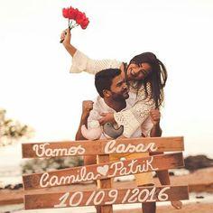{#inspiração} Save the date muito fofo, romântico e inovador!❤️  📷Paulo Keijock & Francyelle Schultz    #savethedate #guardeestadata #noivos #datadocasamento #fotografiadecasamento #ensaionoivos #quemcasaquerdicas