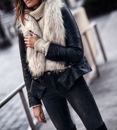 Winter Textures FASHIONED|CHIC