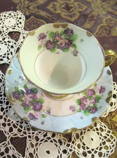 Vintage Lefton China 1950s Pattern: Violets