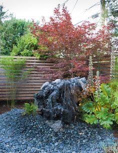 Landscape designer Bernard Trainor masterminds a seamless garden to surround a Silicon Valley Eichler.