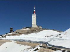 De noordkant van de top van de Mont Ventoux op 19 april 2014. Foto: Peter Oeberius Kapteijn.