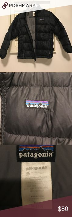 Patagonia Down Jacket Great puffy / puffer jacket • Kids (boys or girls) Medium • Also Good for women's XS with short arms Patagonia Jackets & Coats Puffers