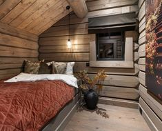 73soverom Modern Cabin Interior, Modern Rustic Homes, Cabana, Log Bed, Home Technology, Cabin Interiors, Cabin Design, Indoor Outdoor Living, Wooden House