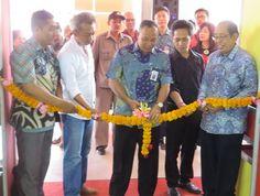 Pameran Indonesia Apparel Production Expo 2016 yang digelar di Bali resmi dibuka oleh Kepala Balai Diklat Industri Denpasar, Bapak Paryono #IAPE #printex #pameran #Bali #Indonesia