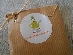 Etiquettes personnalisées pour les cadeaux des invités