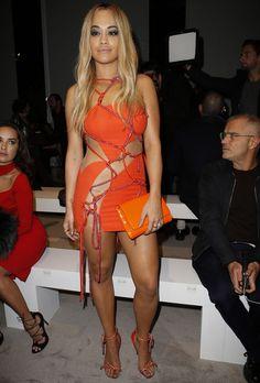 Rita Ora au défilé Atelier Versace