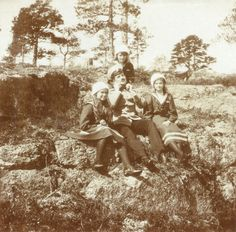 Maria, Anastasia and Tatiana in Finland during their trip onboard the Standart from the 5th June to the 27th July 1911