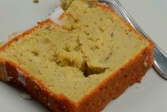 This recipe is like a tasty chain letter among friends. It grows and grows, while giving you a reward every 10 days. The reward? Two big loaves of the sweetest bread you have ever tasted, and 4 shareable bags of starter for your friends. Don' Easy To Make Desserts, Delicious Desserts, Dessert Recipes, Mom's Banana Bread Recipe, Bread Starter, Sweet Bread, Holiday Desserts, Tasty, Ethnic Recipes