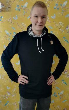 Palmiinan miesten hupsari  a tilattavissa. Hoodies, Sweaters, Fashion, Moda, Sweatshirts, Fashion Styles, Parka, Sweater, Fashion Illustrations
