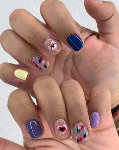 40 Stand-Out Summer 2020 Nail Designs That Will Brighten Your Day – SooShell – Dream Fashion Casual Nails, Edgy Nails, Funky Nails, Swag Nails, Cute Acrylic Nails, Cute Nails, Pretty Nails, Nail Manicure, Gel Nails