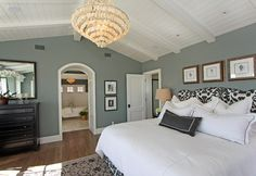Marvelous Warm Grey Bedroom Design Ideas : Posh Bathroom With ...