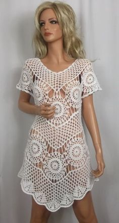 white crochet dress by ALDOARThandmade on Etsy Mais Crochet Motifs, Crochet Tunic, Crochet Clothes, Crochet Lace, Crochet Patterns, Crochet Dresses, Vestidos Estilo Boho, Boho Style Dresses, Crochet Woman
