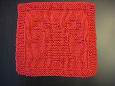 Free Pattern. Christmas Bell Knitted Dishcloth 2004 pattern by Melissa Bergland Burnham