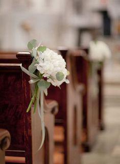 Wedding Church Aisle Decor Pew Ends 50 Trendy Ideas Wedding Church Aisle, Church Wedding Flowers, Wedding Pews, Aisle Flowers, Church Ceremony, Church Pews, Simple Church Wedding, Church Weddings, Trendy Wedding