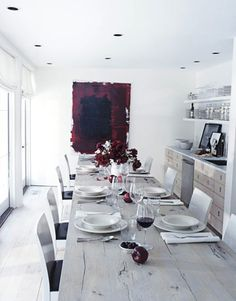 Red and white decor, red and white wine!