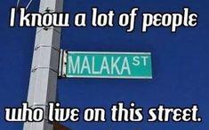 So Greek and so true. Greek Memes, Funny Greek Quotes, Funny Quotes, Greek Sayings, Greek Tv Show, Learn Greek, Church Humor, Greek Language, Greek Culture