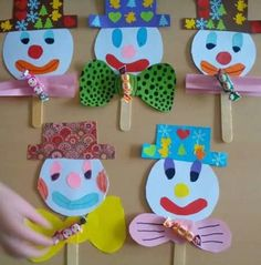 Immagine correlata Kids Fathers Day Crafts, Paper Crafts For Kids, Craft Stick Crafts, Preschool Crafts, Projects For Kids, Diy And Crafts, Clown Crafts, Circus Crafts, Carnival Crafts