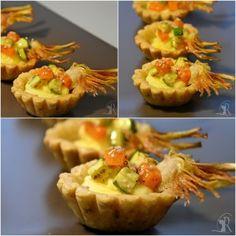Cestini di frolla alle noci con crema pasticcera salata e brunoise di verdure