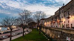 Lungo la muraglia a Bari vecchia Bari, Puglia Italy, Viajes