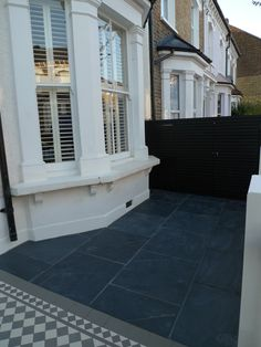 mosaic-path-slate-paving-bespoke-bin-store-london-front-garden.jpg blue/black slate tiles #Slate #paving