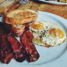 [I Ate] Bacon Eggs Sourdough Toast