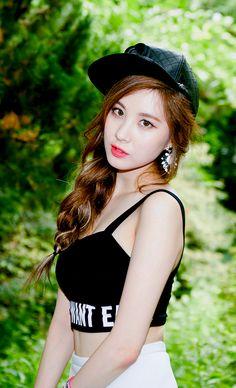 Seohyun - TaeTiSeo Mini Album 'Holler'