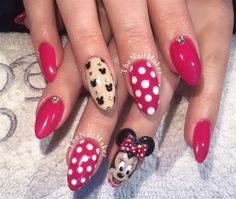 Day 242: Minnie Mouse Nail Art