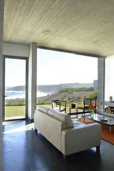 Spectacular views from a residence located on a rocky beach in Coquimbo Region, Chile discover05:more images of this residence