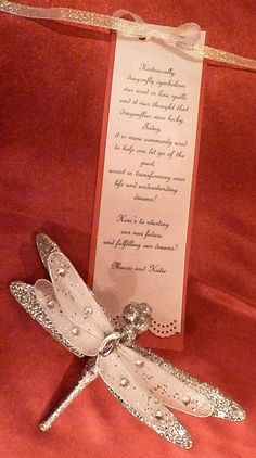 Dragonfly wedding favor for the guest.