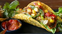 We're getting tropical with this Jamaican inspired taco recipe. - World Fishing Network