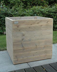 Plantenbak van Steigerhout. Mooi strak Laat 'm direct maken door stoereplanken.nl