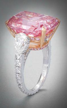 colores-de-boda-anillo-boda-diamante-rosa-graff.png 250×400 pixels