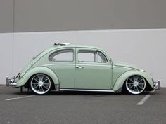 VW-this color! Mais