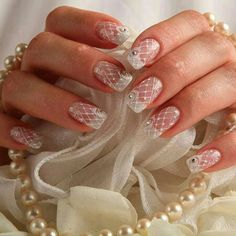 Birdcage veil nails. Would make a pretty accent nail.