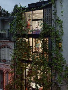 Gail Albert Halaban, Villa Santos-Dumont, 15th arrondissement, Paris, from Gail Albert Halaban: Paris Views (Aperture, 2014)