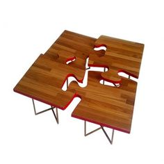 Mesa de centro quebra-cabeça.