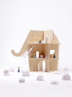 Ele Villa / New dollhouse from @rockandpebble