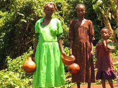 Olen Ali, viljelijä Limussa, Etiopiassa. Minulla on pieni maatilkku, jotaviljelen. Veljeni Nura viljelee naapuripalstaa. Olemme monena vuonna anoneet paikalliselta viljelijäyhdistykseltä ja valtion viranomaisilta lisämaata. Emme ole saaneet. Meidän pitäisi kuulemma muuttaa jonnekin, missä on vielä maata viljelyyn. Mutta se tarkoittaisi muuttoa kokonaan toiseenosaan Etiopiaa. Jos meillä olisi paljon rahaa, pystyisimme olemaan sijoittajia ja silloin saisimme lisämaata. Mutta olemme köyhiä…